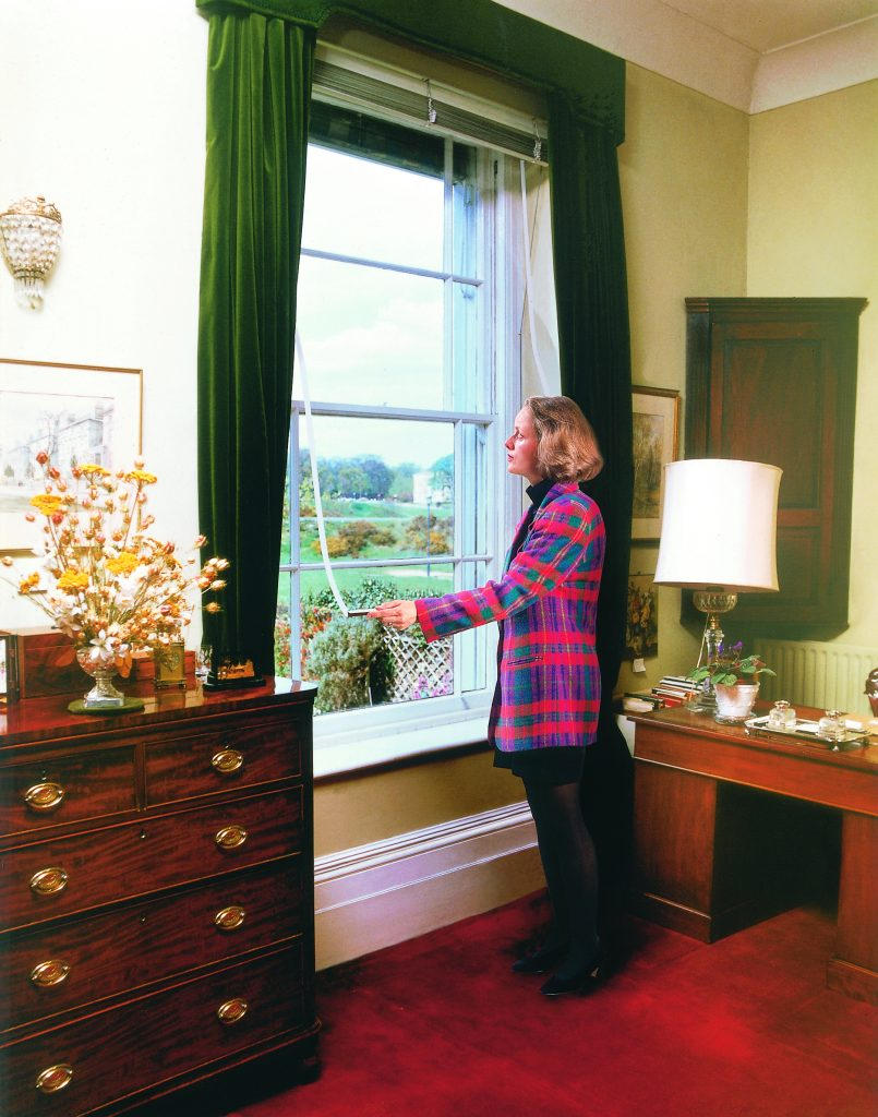 Crystal clear insulating blinds from HTG. Reduces heat loss by up to 80% and cuts out cold draughts..